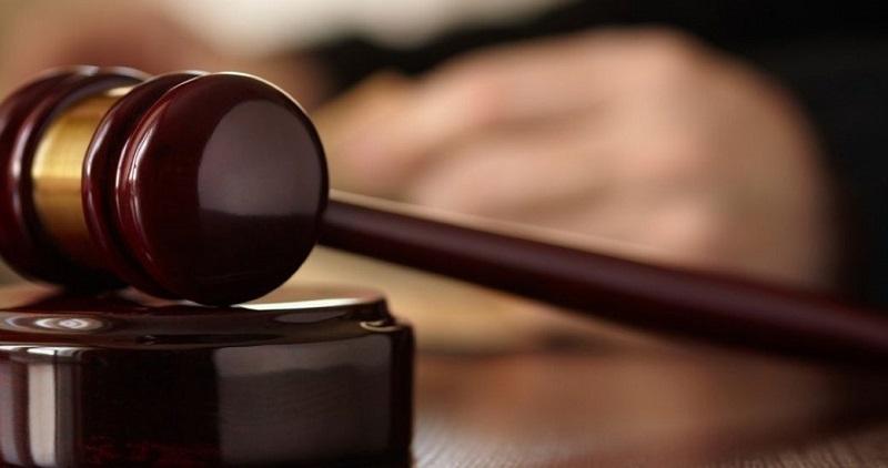 когда следует подавать на управляющую компанию в суд?