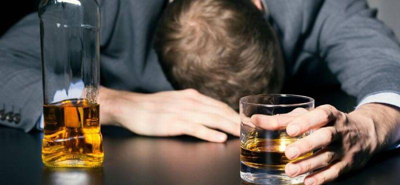как выписать алкоголика из квартиры